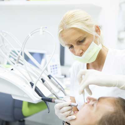 Symptoms and Treatment for Periodontal Disease